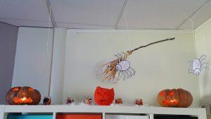 deco halloween aux micro-crèches La Fée des Sourires et Pomme d'Happy