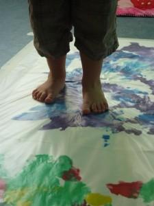 Activité peinture propre à la Fée des Sourires