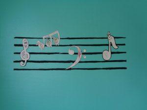 portée musicale aux Crèches La Fée des Sourires et Pomme d'Happy